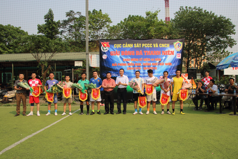 Giao lưu bóng đá 05